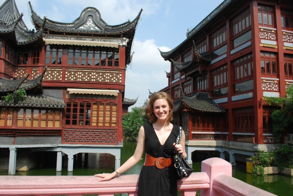 Infront of Shanghai's famous teahouse in Yu Gardens.