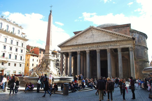 Pantheon from the Piazza Rotunda.