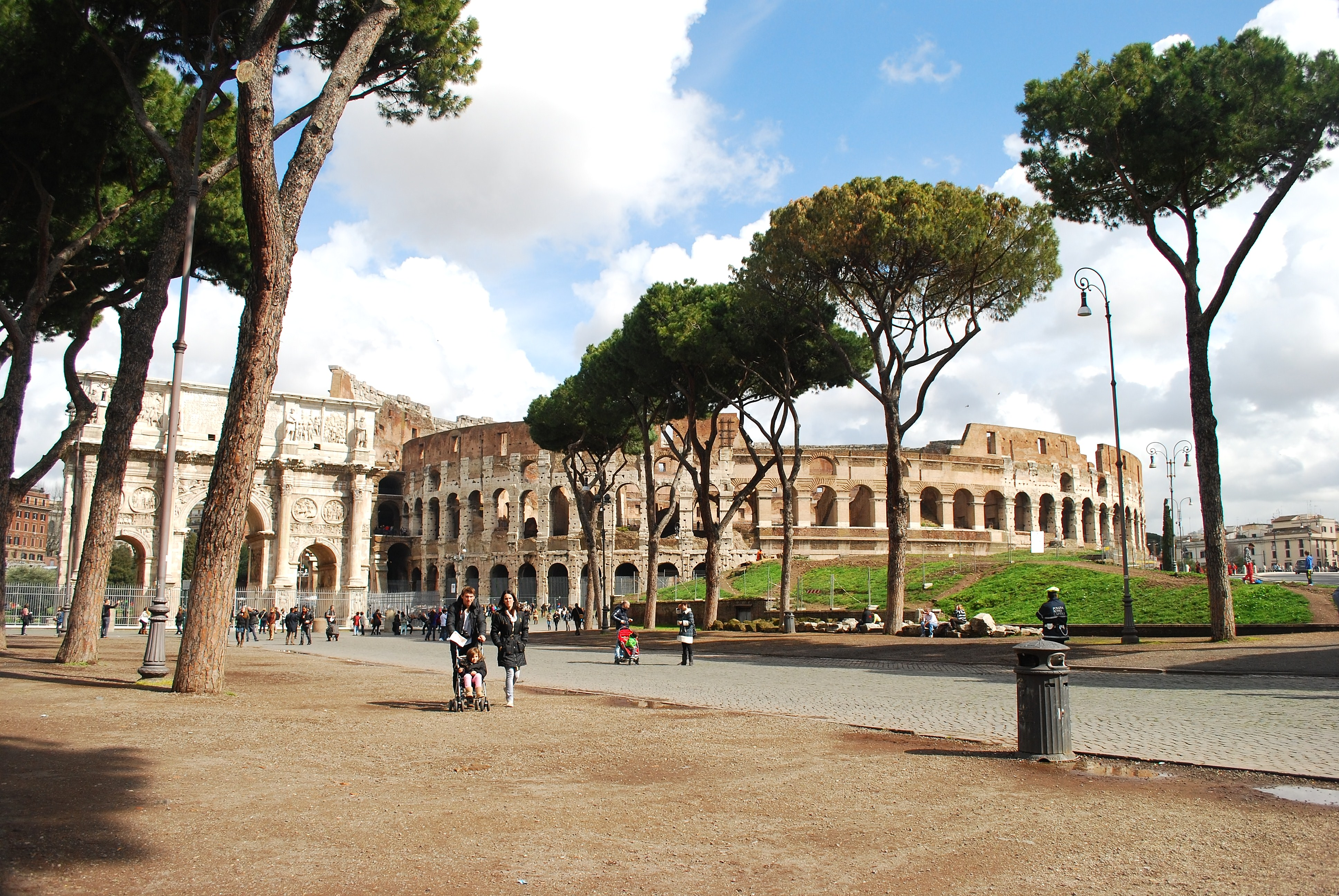 Roman Art And Architecture View of the Colosseum ...