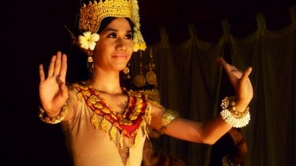 Performer at Temple Club apsara dance show.